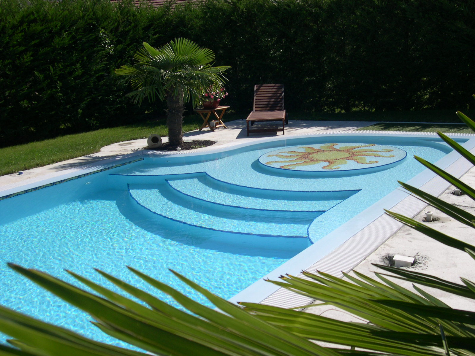 Que choisir piscine en coque ou piscine traditionnelle for Construction piscine traditionnelle
