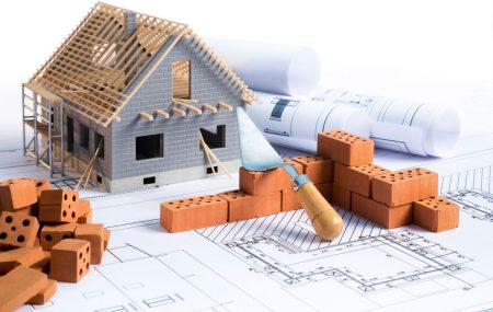 Construire une maison constitue un véritable défi financier, psychologique et physique. Vous devez commencer par trouver les ressources nécessaires pour acheter le terrain et les matériaux puis débourser tout autant pour vous offrir les services d'un architecte et de son équipe. Vient ensuite l'étape la plus difficile durant laquelle vous devez superviser le chantier et […]