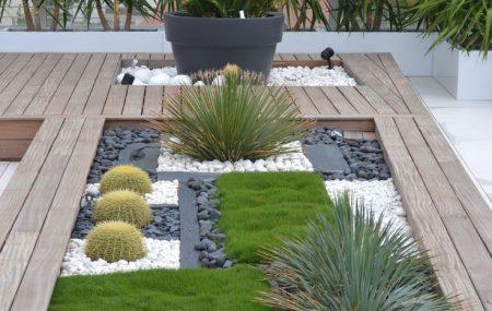 Offrez-vous une évasion dans les zones tropicales de la planète rien qu'en accédant à votre balcon. Refaites toute sa décoration dans le dessein d'y créer, d'y reproduire, un espace de verdure propre aux pays tropicaux.