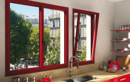 De nouvelles fenêtres apportent de nombreux changements à votre habitation. Cela améliore l'esthétique de la pièce, sa ventilation, mais aussi son confort thermique et acoustique. Au moment de faire votre choix, tenez-compte de plusieurs critères dont le vitrage, l'ouverture, ainsi que les matériaux de vos nouvelles fenêtres.