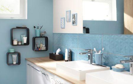 La salle de bain mérite un coup de peinture de temps à autre, surtout lorsque les murs commencent à perdre de leur éclat. Bien que ce soit la solution la plus économique, il faut porter une atteinte particulière sur le choix du produit à utiliser pour éviter les mauvaises surprises. Petit guide sur la bonne […]