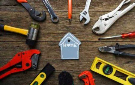 Malheureusement, posséder ou vivre dans une propriété nécessite un certain niveau d'entretien et de maintenance. Beaucoup de propriétaires réalisent rapidement les coûts des réparations et essaient eux-mêmes quelques petits travaux. Pour les plus gros travaux, ils appellent une personne de métier autorisée. Pour les petits bricolages, un individu peut utiliser ses propres outils pour les […]