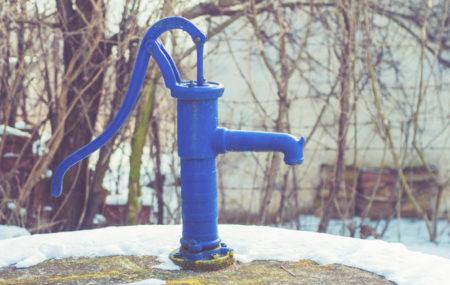 Comme son nom le laisse deviner, le surpresseur est un équipement pensé pour augmenter la pression de l'eau. Théoriquement, l'eau doit arriver à votre domicile avec une pression constante d'environ 3 bars. Toutefois, si vous vous situez en dessous de ce niveau et que cela gêne votre confort, il est recommandé d'avoir recours à […]